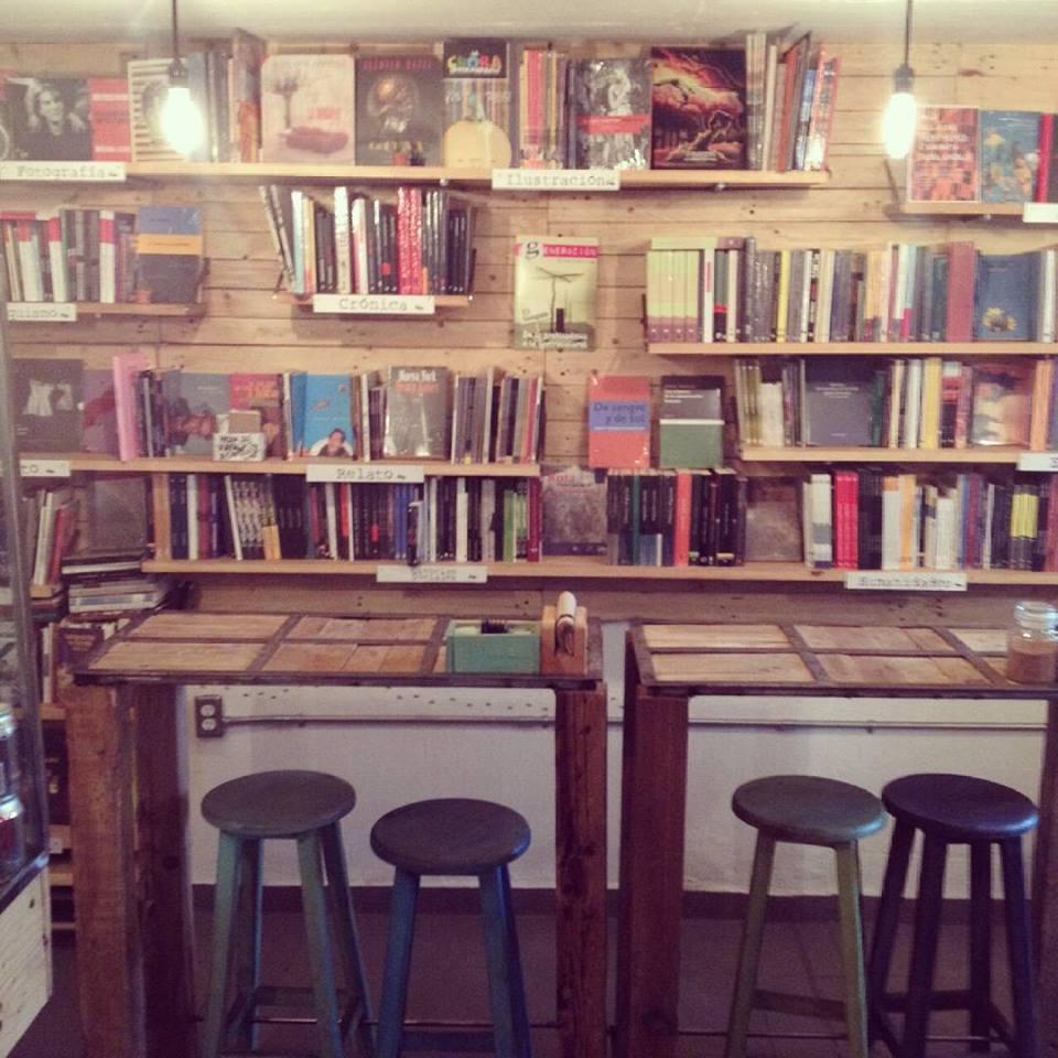marabunta cafe y libreria