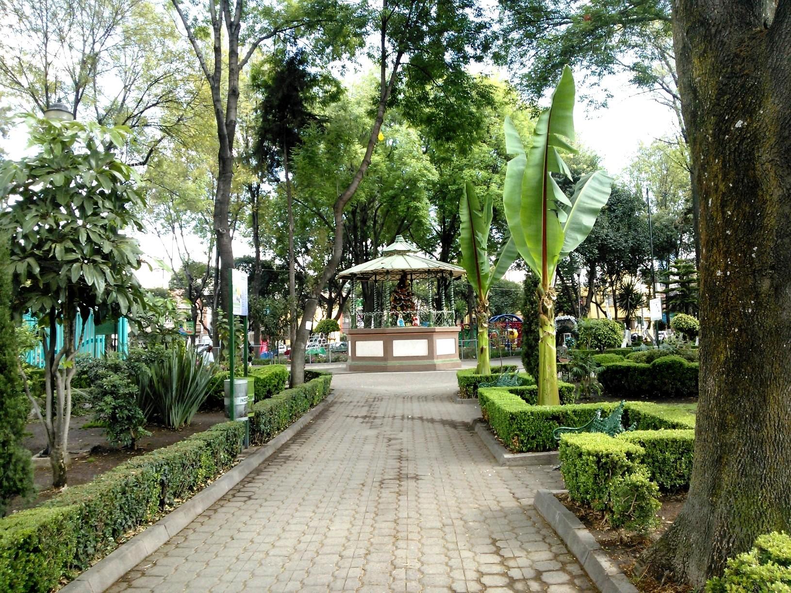 5 parques urbanos el valor de los parques para la ciudad for Jardin infantil los pinos