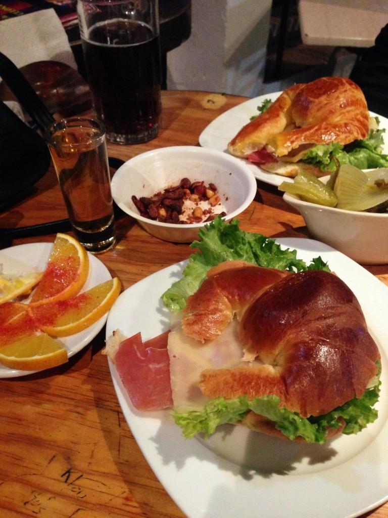 Cafe Bar-Celona 1
