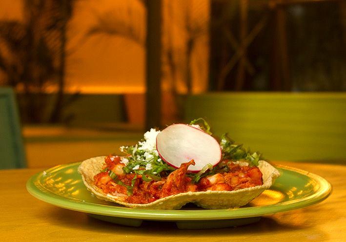 moxie tepacheria-tostada de pozole