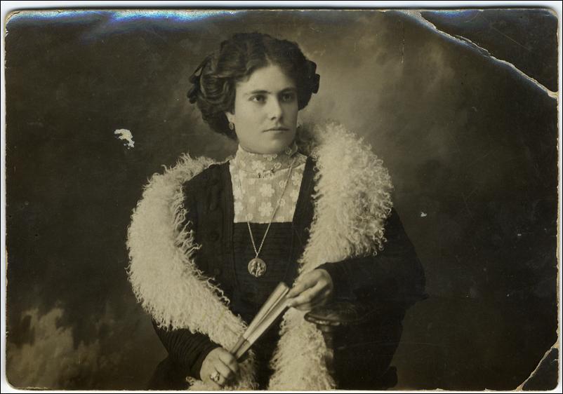 Josefa de los Rios, Ramon Lopez Velarde
