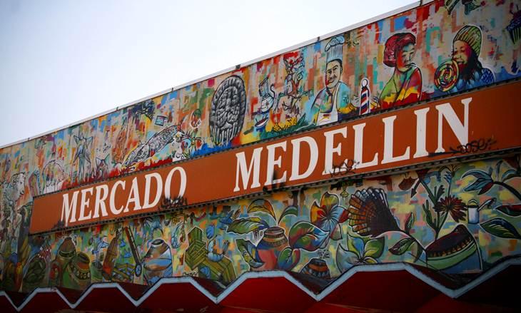mercado de medellin roma