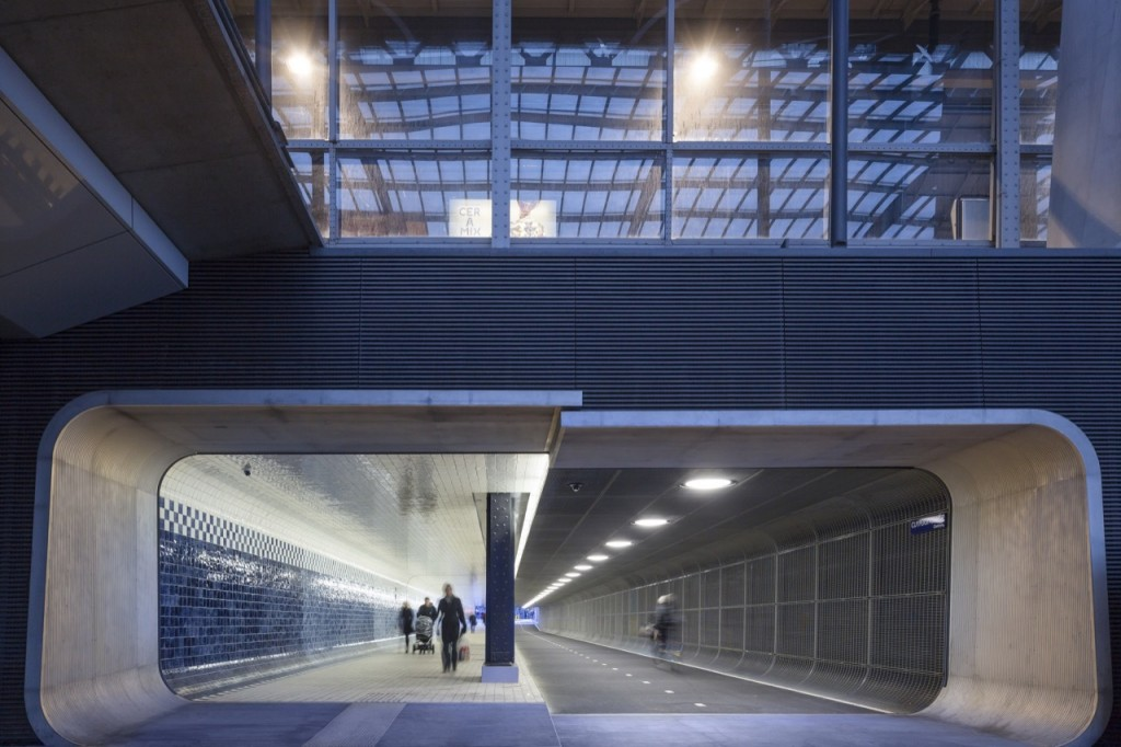 tuneles para ciclistas Cuyperspassage amsterdam
