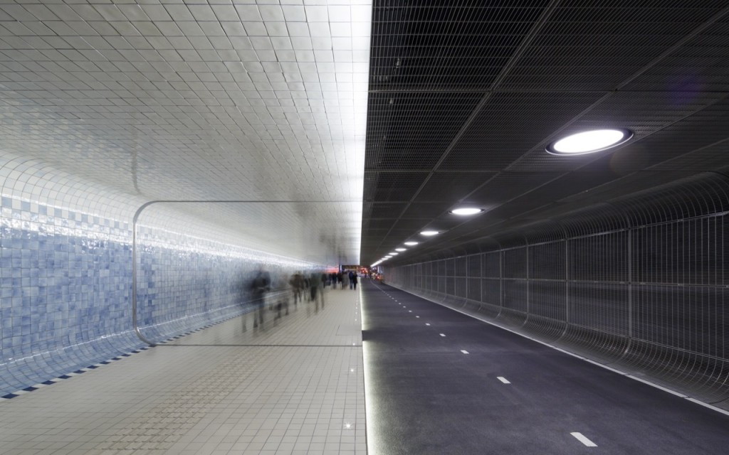 tuneles para ciclistas Cuyperspassage amsterdam 3
