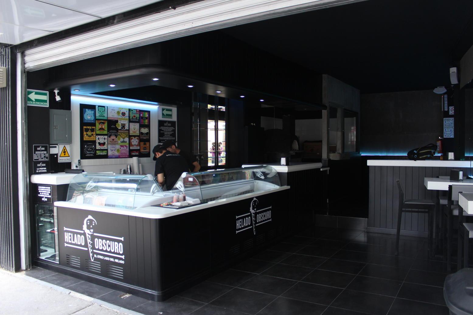 pizzeria helado obscuro