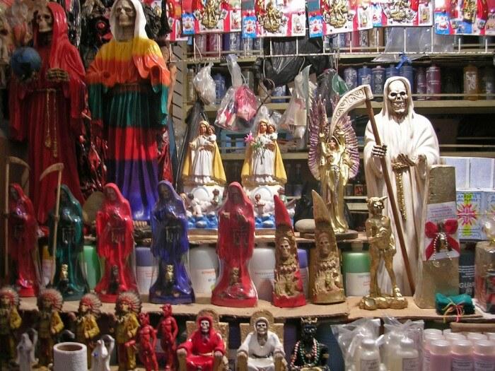 Altar a la Santa Muerte