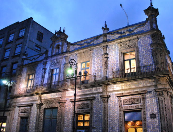 La casa de los azulejos un cono de la ciudad mxcity for Casa de azulejos cordoba