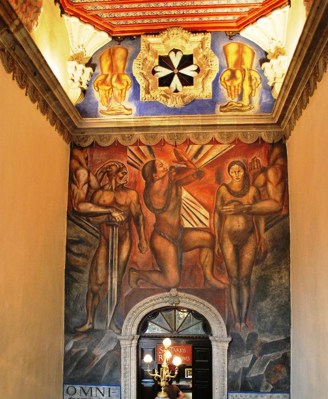 mural de orozco en la casa de los azulejos