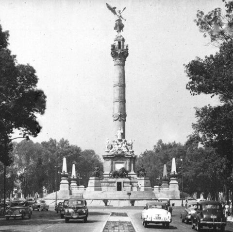 Ángel de la Independencia, 1910