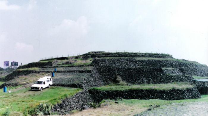 Piramide_Cuicuilco_1