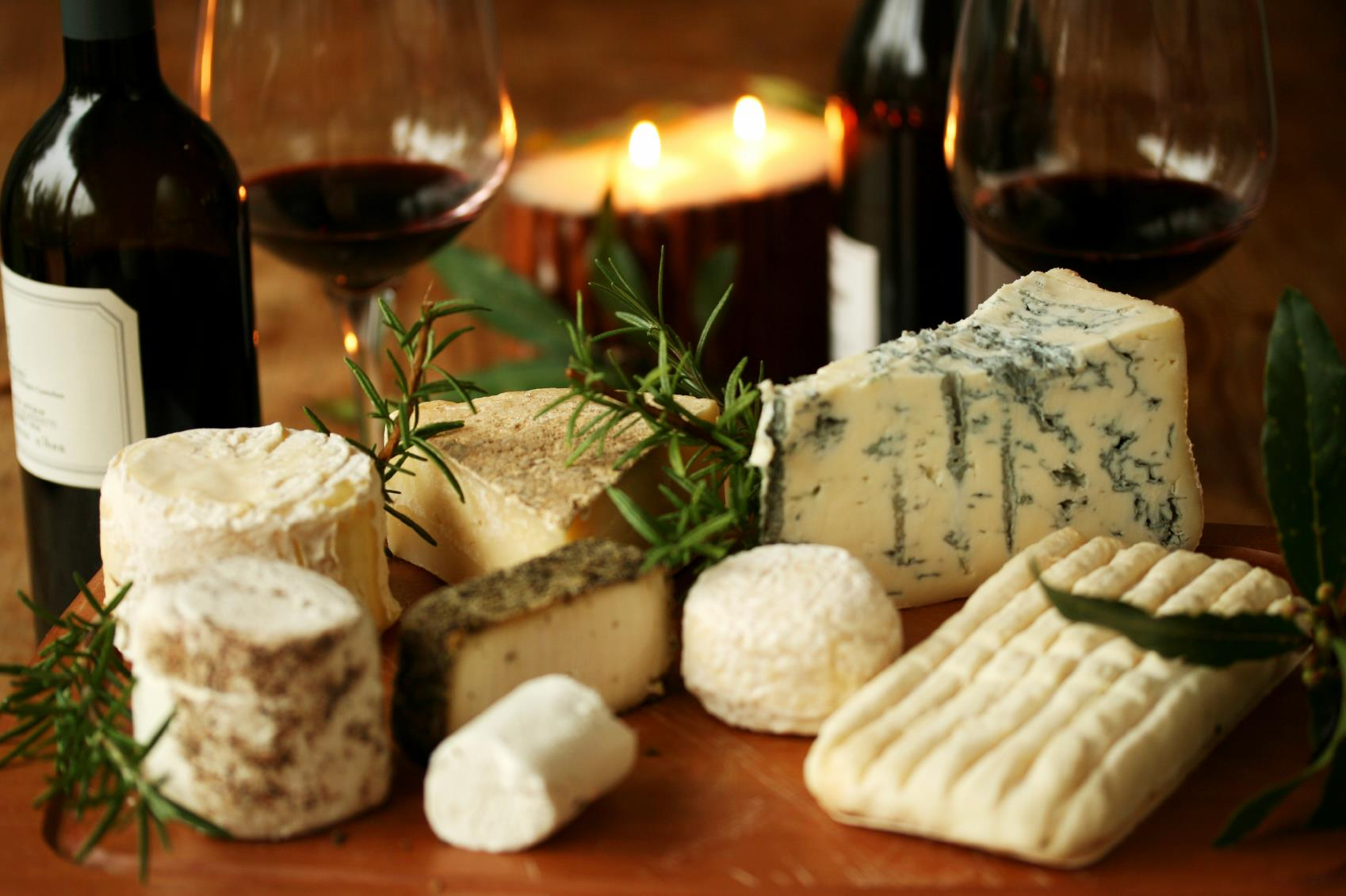 D nde comprar y degustar los mejores quesos gourmet en la for Caracteristicas de la gastronomia francesa
