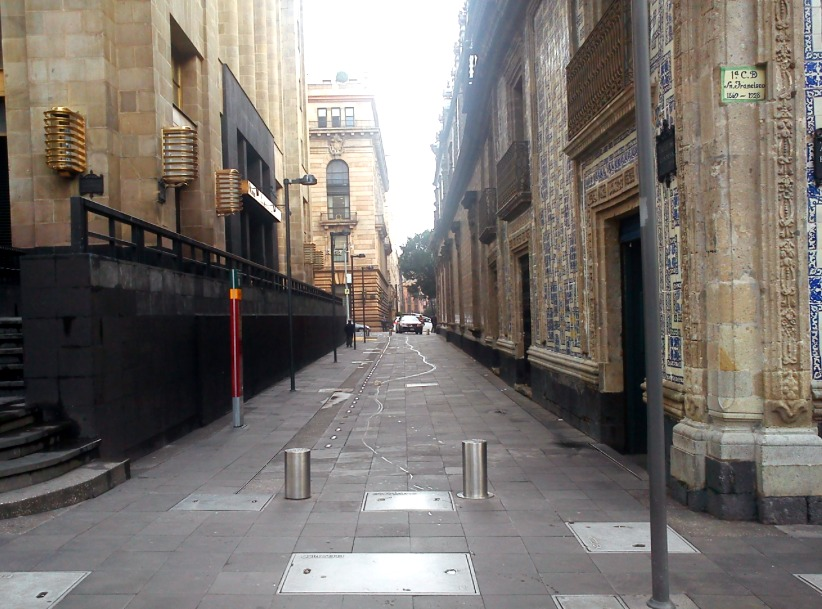 callejon condesa casa de los azulejos