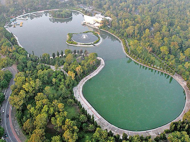 La suntuosa casa del lago de chapultepec for Lagunas artificiales construccion