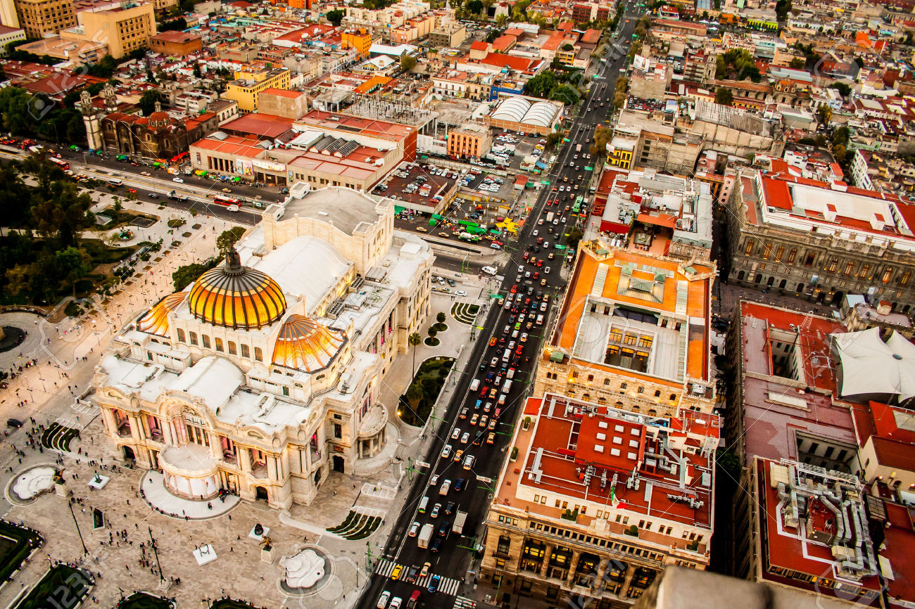 33074668-An-aerial-view-of-Mexico-City-and-the-Palace-of-Fine-Arts-Stock-Photo