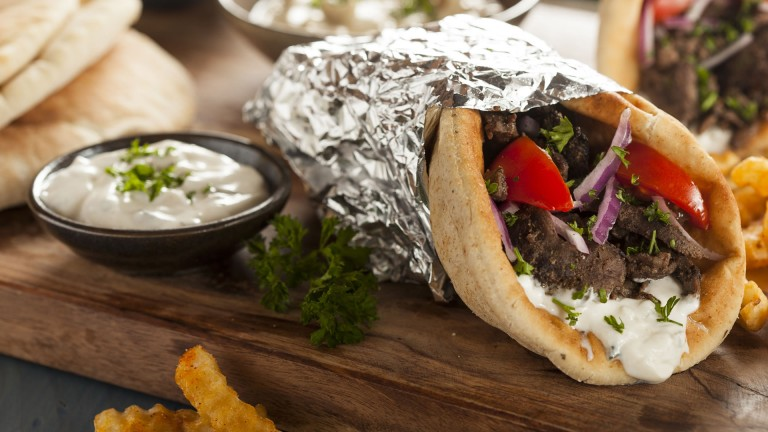 5 restaurantes que debes visitar si te gusta la comida griega