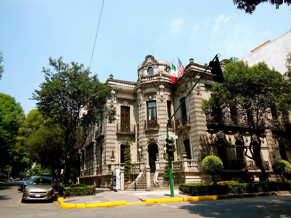 Embajada Forever