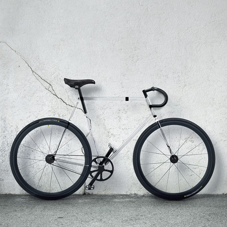 dezeen_Clarity-Bike-by-Designaffairs_1a