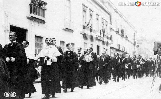 Doctores de la Universidad Nacional, 1910