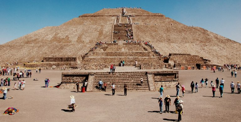 fascinante-similitud-de-las-piramides-de-teotihuacan-con-otras-del-mundo