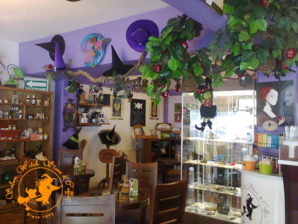 salem-witches-store-and-coffee