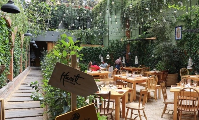Huset outdoor cafes