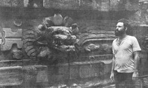 jim-morrison-en-las-piramides-de-teotihuacan