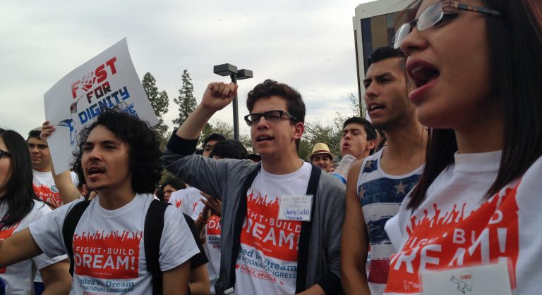 dreamers-protestando