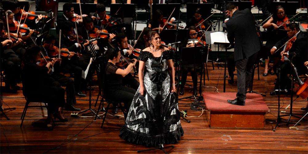La soprano Olivia Gorra celebrará 30 años de carrera en Bellas Artes -  MXCity  2554e0a8e74