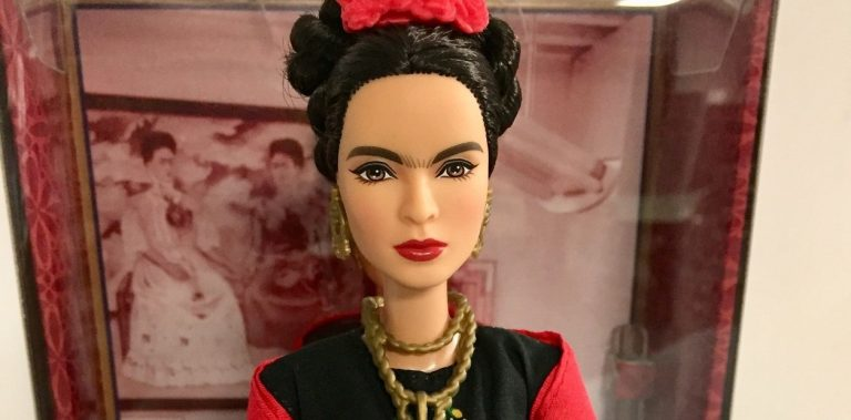 frida-kahlo-barbie